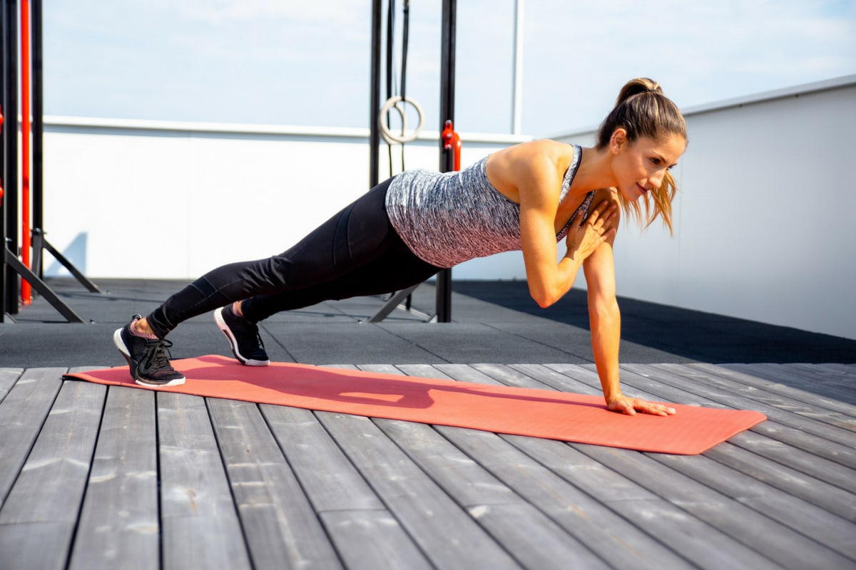 20 Best Core Exercises for a Strong Core and Toned Abs