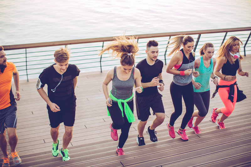 Gemeinsam beim Laufen.