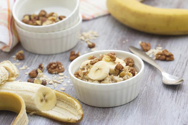 Bol de yogur y plátano