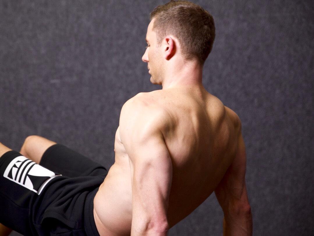 Les 7 meilleurs exercices au poids du corps pour des triceps en béton 256ddb21316