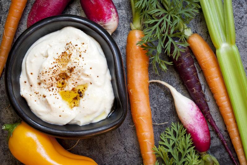 Hummus y zanahorias