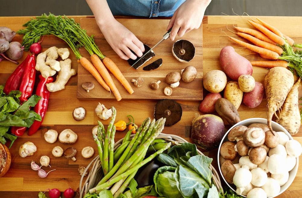 Obst und Gemüse auf dem Tisch