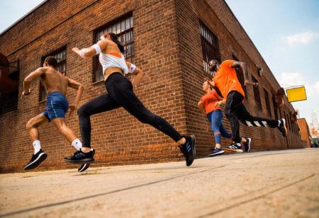 Des runners qui s'entraînent pour une compétition