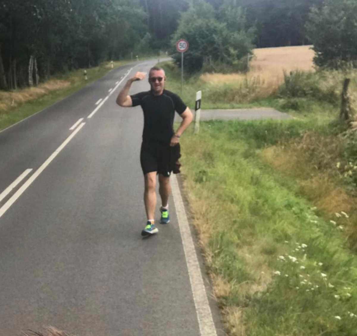 Christian correndo na estrada